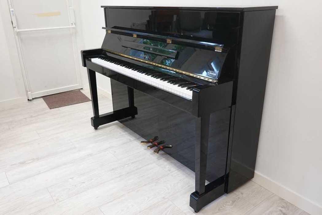 Nouveau piano pour Les Petits Chanteurs 8512710993219247835