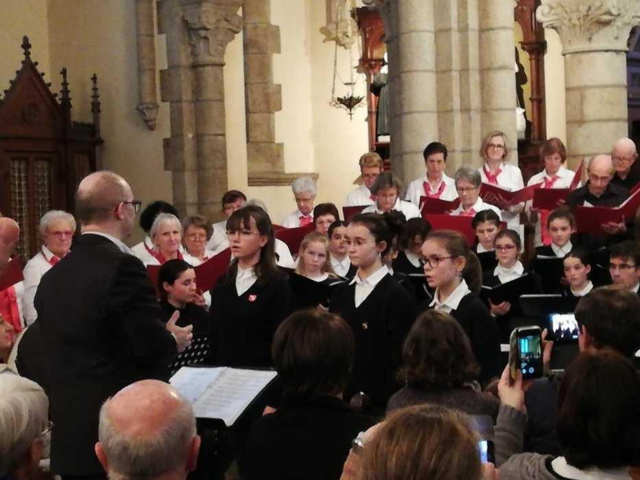 La pré-maîtrise a chanté avec la Chorale des Embruns à Pommeret 0