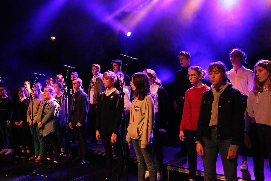 Les Petits Chanteurs font leur show au Festival de la Jeunesse à Plédran. 0