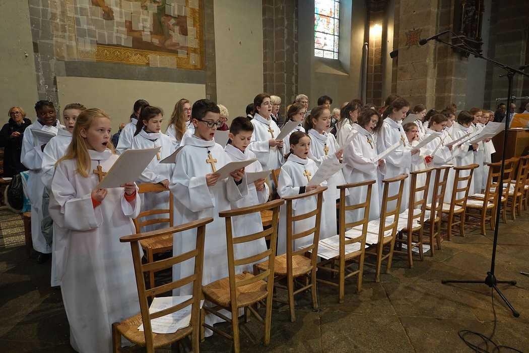 Messe à l'église Saint Michel - Saint Brieuc (22) 8287737927002304567276774419976227570319360o